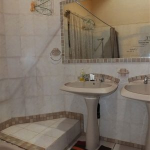 Double ensuite 2 bathroom
